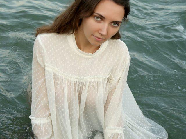 Danniela In The Tide
